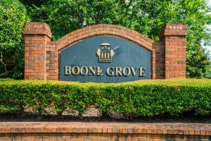 Boone Grove neighborhood sign. Brickyard Plantation in Mount Pleasant, South Carolina