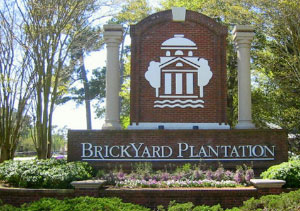 Neighborhood sign for Mount Pleasant's Brickyard Plantation